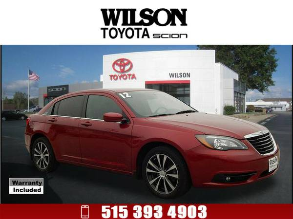 2012 Chrysler 200 S Red