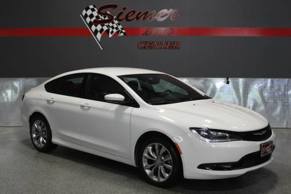 2015 Chrysler 200*WE FINANCE, RATES AS LOW AS 2.9%, CALL