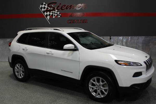 2015 Jeep Cherokee*BIG TIME DEALS, SMALL TOWN VALUES,