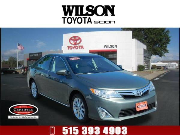 2012 Toyota Camry XLE Green