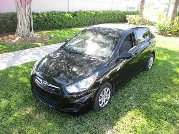 2014 Hyundai Accent GS 4dr Hatchback 6A