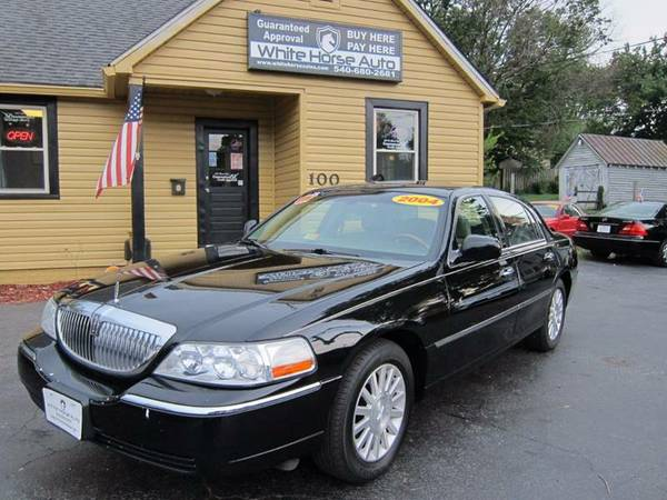 2004 LINCOLN TOWN CAR ~ $0 DOWN ON ANY PAID TRADE IN!