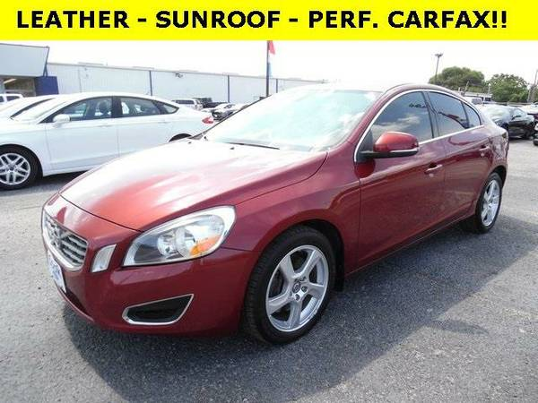 2012 *Volvo S60* T5 - Red