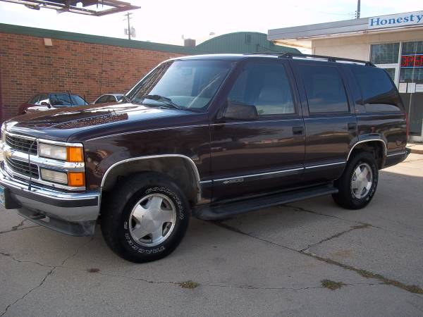 Chevrolet 1996 Tahoe LT 4x4 (152000 miles) 4WD 2-owner, runs very good