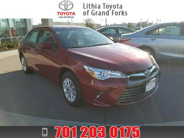 2016 TOYOTA CAMRY LE RUBY FLARE PEARL