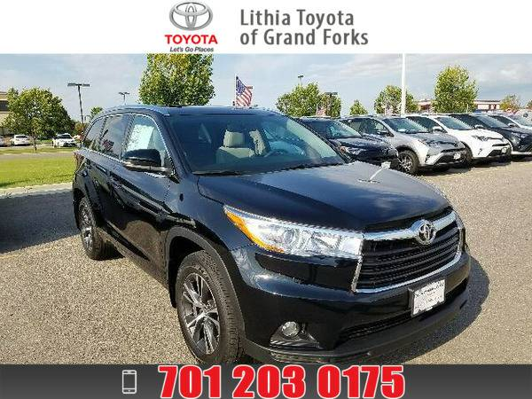 2016 TOYOTA HIGHLANDER XLE - V6 AWD MIDNIGHT BLACK METALLIC