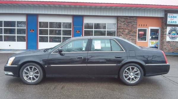 ★★★ 2008 Cadillac DTS Performance / 91k / LOADED...