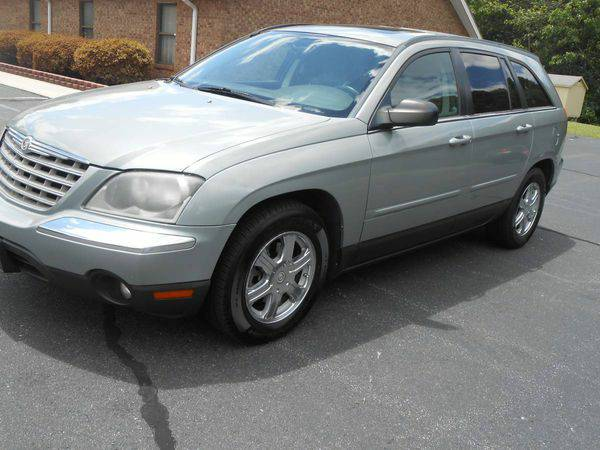 2004 *Chrysler* *Pacifica* AWD 4dr Wagon