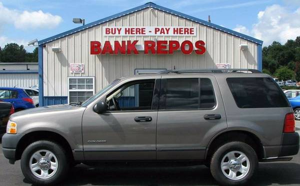 2004 Ford Explorer XLS **Only 113k Miles**Buy Here Pay Here**