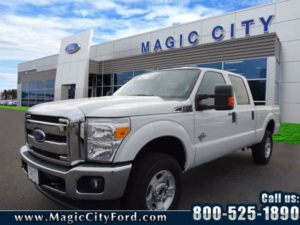 2016 *Ford F-350 Super Duty* XLT (White)