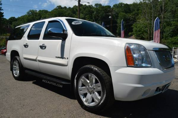 2008 GMC Yukon XL* 4WD* DEALER SERVICED*BOSE* LEATHER* HEATED SEATS!!!
