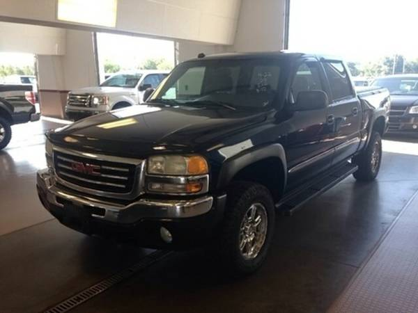 2005 GMC SIERRA 1500 SLE 4X4 CREW CAB-- GREAT DEAL- EZ FINANCE!