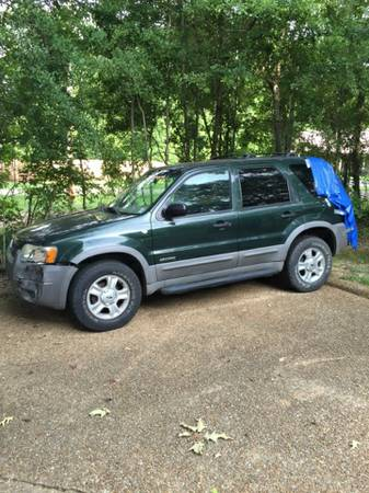 2002 Ford Escape wrecked but running!