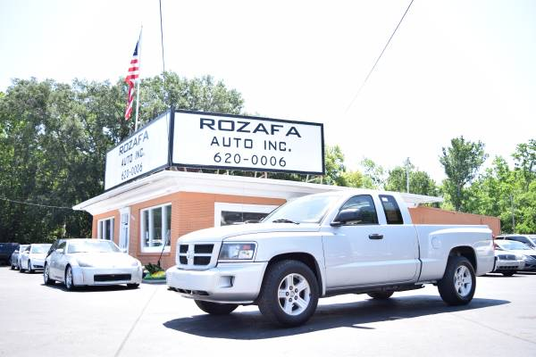 2011 RAM DAKOTA 1500 BIG HORN - 4WD - Financing Available