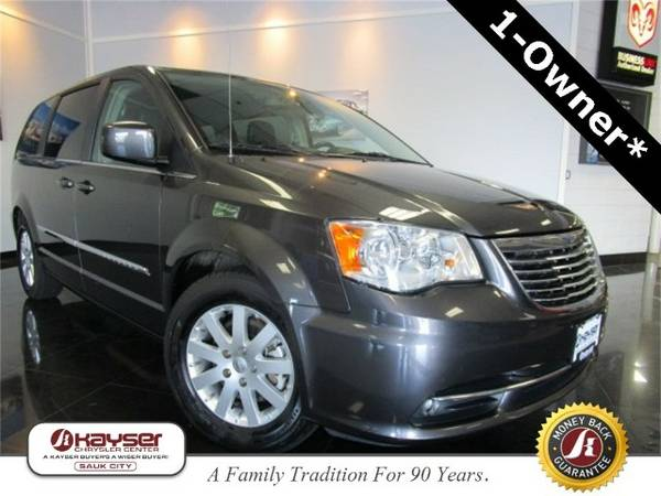 2015 Chrysler Town & Country Touring Van Town & Country Chrysler