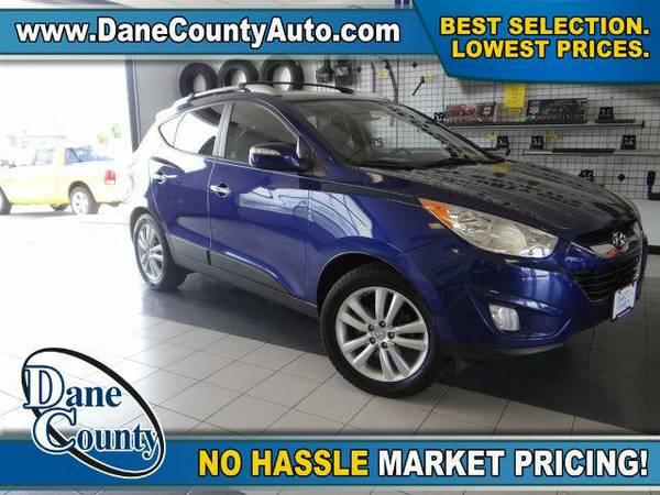 2010 *Hyundai Tucson* Limited - Hyundai Blue