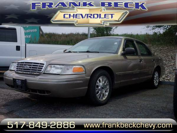 2004 *Ford Crown Victoria* LX - Beige