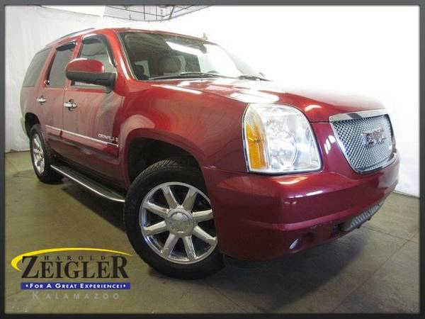 2007 *GMC Yukon* Denali - Red