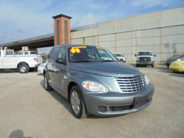 2009 Chrysler PT Cruiser LX New Tires Financing Available
