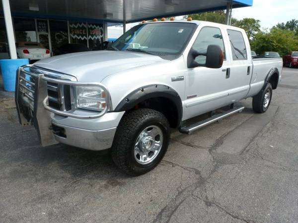 2006 Ford F350 Lariat Super Duty Crew Cab 4WD...Turbo DSL...WARRANTY