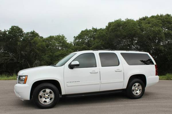 2012 CHEVY SUBURBAN LT BLK LEATHER-BELOW RETAIL-KID HAULING MADE EASY