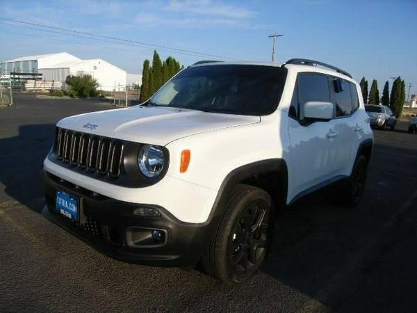 2015 JEEP RENEGADE LATITUDE - Contact Dealer 5,567 miles low mileage