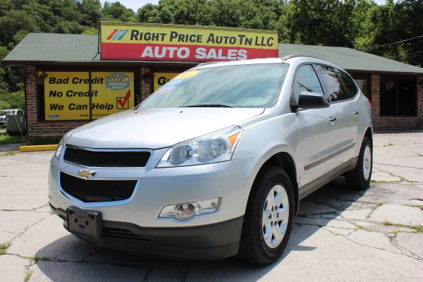2011 Chevrolet Traverse LS *3d Raw Seats * 72K miles * WE FINANCE *