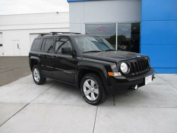 Used 2012 Jeep Patriot Latitude MUST SEE!