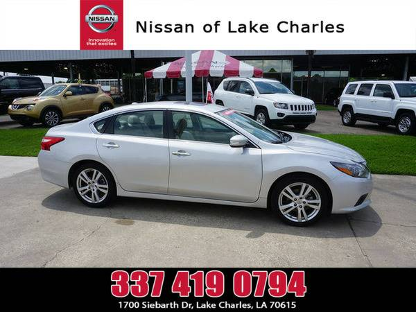 *2016* *Nissan Altima* ** *Brilliant Silver*