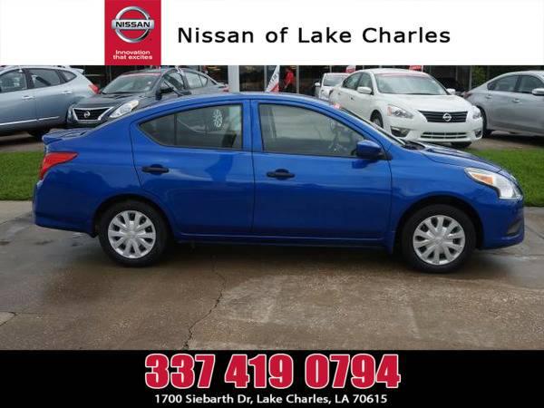 *2016* *Nissan Versa* ** *Metallic Blue*