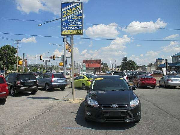 2013 FORD FOCUS LOW PAYMENTS WITH YOUR GOOD CREDIT CALL THE SUPERCHICK