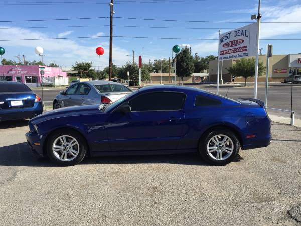 2013 FORD MUSTANG like new, solo $1800 de entre o $10995 -