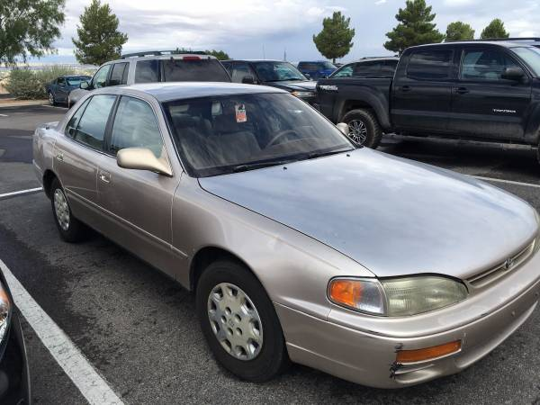 1996 Toyota Camry (Gold Color)