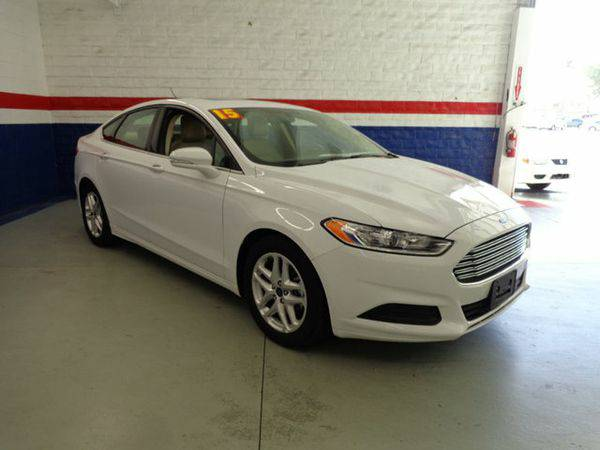 2015 *Ford* *Fusion* 4dr Sedan SE FWD -📲$995 DOWN DELIVERS