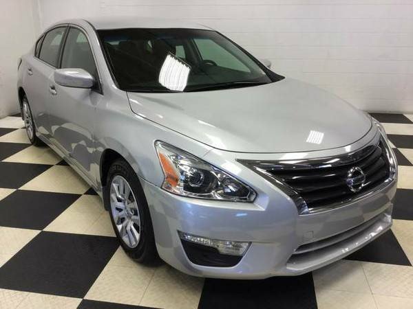 2015 Nissan Altima 2.5 S ONLY 58K MILES EXCELLENT CONDITION LIKE NEW !