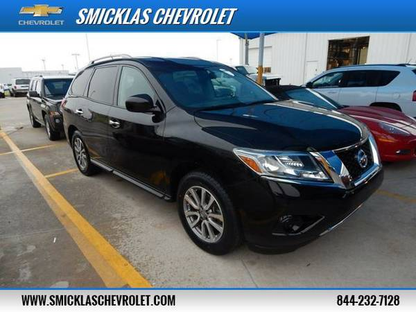 2014 Nissan Pathfinder - *SUPER CLEAN AND RUNS GREAT!*