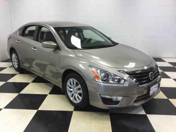 2015 Nissan Altima 2.5 S ONLY 11K MILES EXCELLENT CONDITION FUEL SAVER