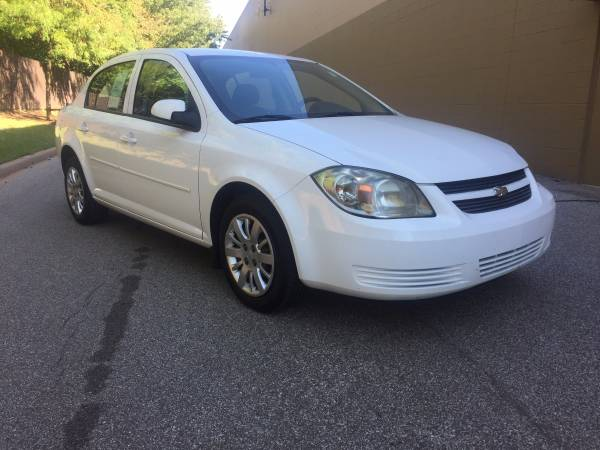 **PRICE DROP** 2010 CHEVY COBALT LT! NO ACCIDENTS! AWESOME CAR!
