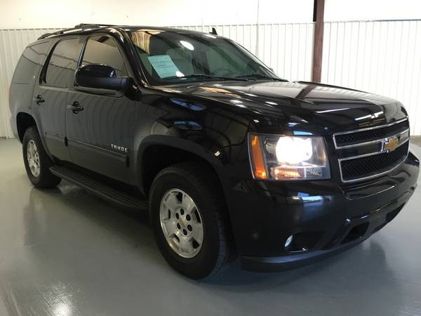 2011 CHEVROLET TAHOE**LEATHER**3RD**DVD**SUNROOF**V8**SUPER NICE!!! WO