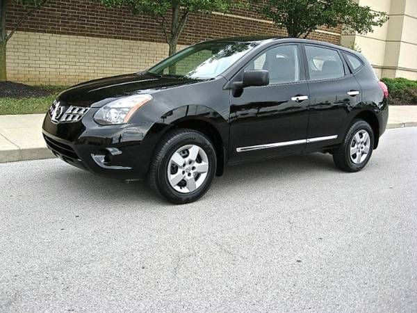 2014 Nissan Rogue Select S - 1 owner!