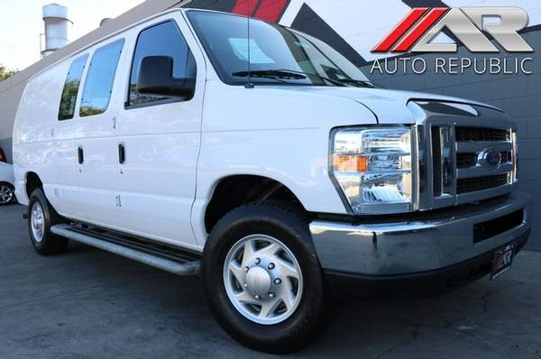 ***Low Miles, Low Prices*** 2013 FORD Econoline Cargo Van Commerci