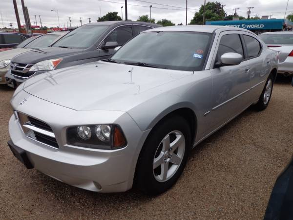 $10,500 2010 DODGE CHARGER