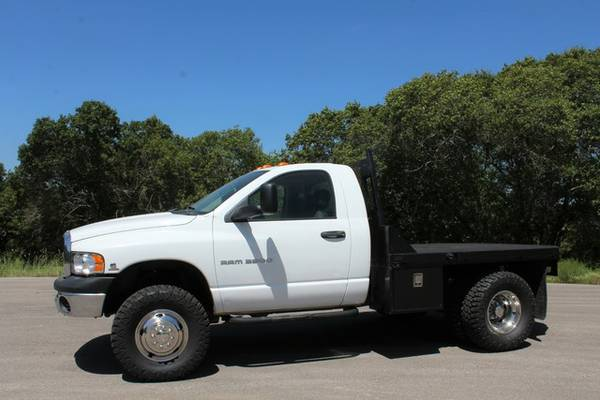 SINGLE CAB 6SPEED 2005 RAM 3500 FLATBED W/ TOOL BOXES-5.9L DIESEL 4X4