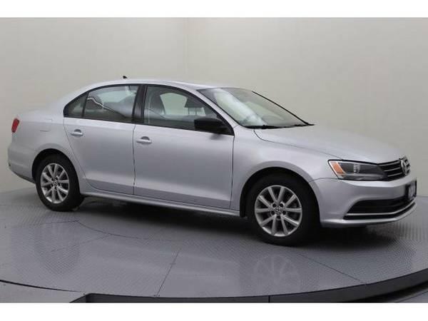 2015 *Volkswagen Jetta* 1.8T SE (Platinum Gray Metallic)
