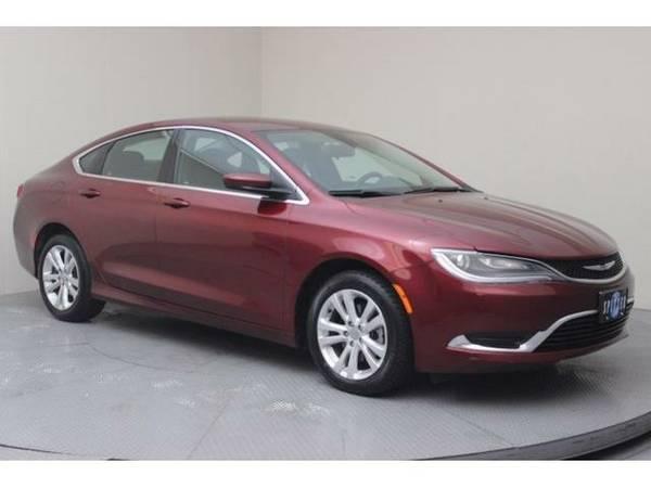 2015 *Chrysler 200* Limited (Velvet Red Pearlcoat)