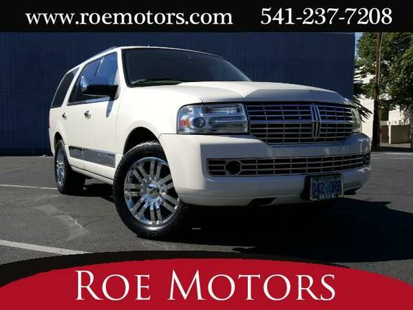 2008 *Lincoln Navigator* One Owner (White Chocolate Tri-Coat)