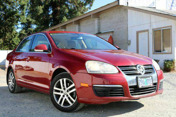2006 *Volkswagen* *Jetta* 2.5 4dr Sedan w/Automatic - Multiple Locatio