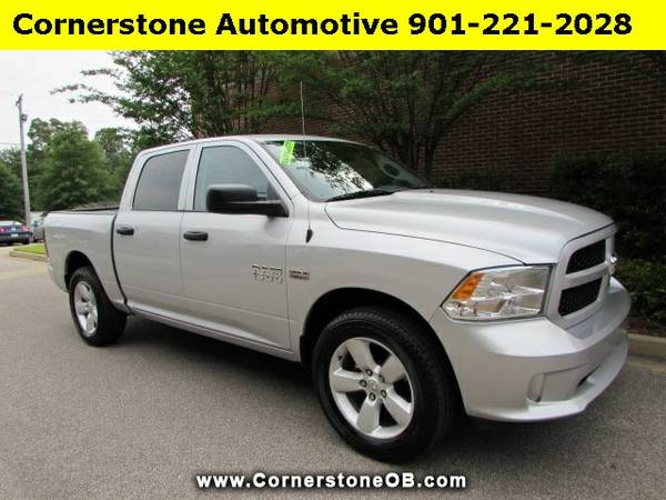 SAVE $6750 OFF RETAIL!!! 2015 Dodge Ram 1500 Express Crew Cab 2WD with