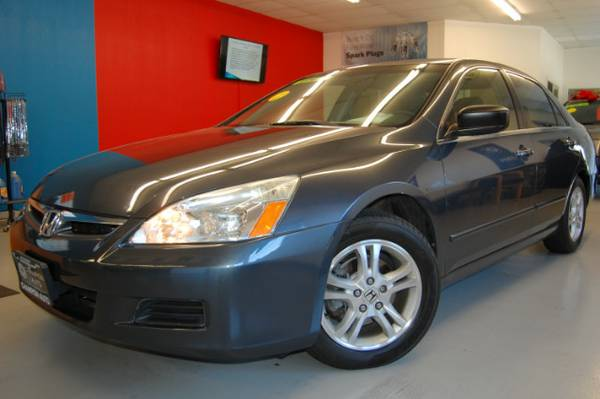 2007 Honda Accord SE Sedan w/ NAV + BACKUP CAMERA