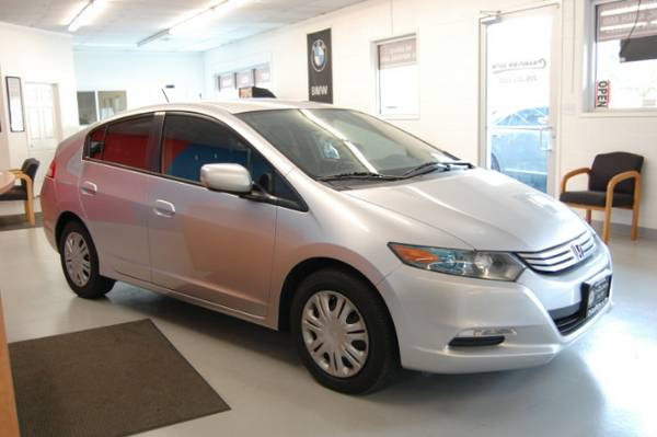 HYBRID = MPG MPG =$$$ 2011 Honda Insight w/ LOW MILES